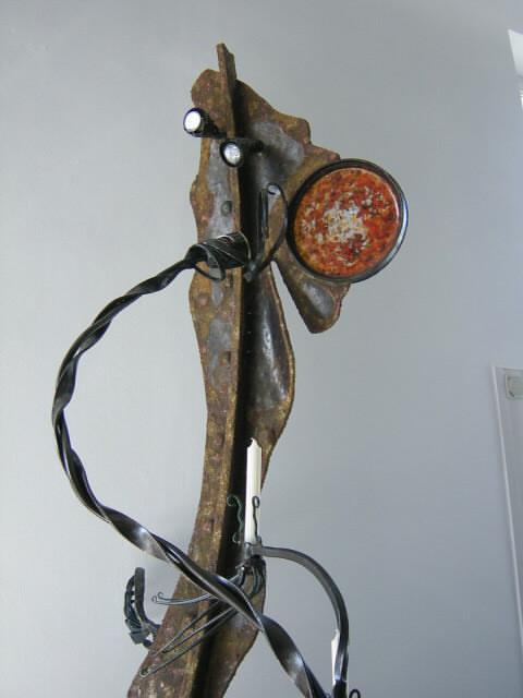 Kunstschmiedeeiserne Leuchtenskulptur
